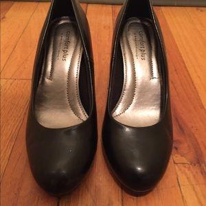 Black comfort plus heels